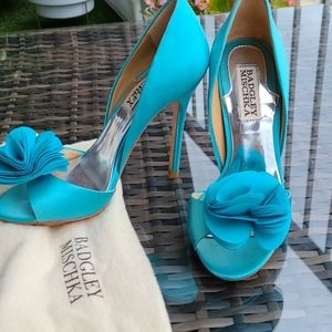 Badgley Mischka Peep Toe Pumps